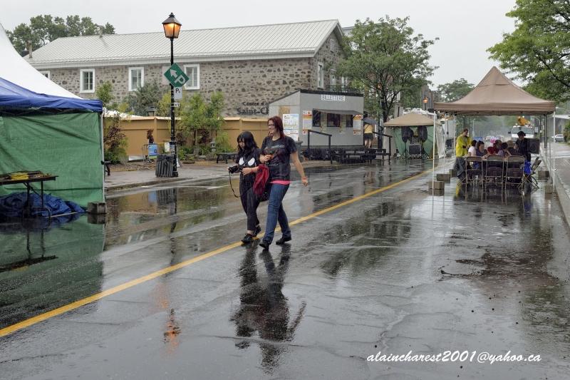 Joie de vivre sous la pluie